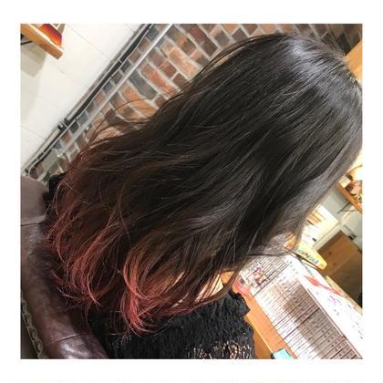 カラー ロング long style . gradation color 【 pink red💓】     前の写真の巻きver.です😋💕   グラデーションカラーは、 巻くと可愛さが、増します✨   巻くのが苦手な方は、 簡単に可愛く巻ける方法 教えます👍🏻