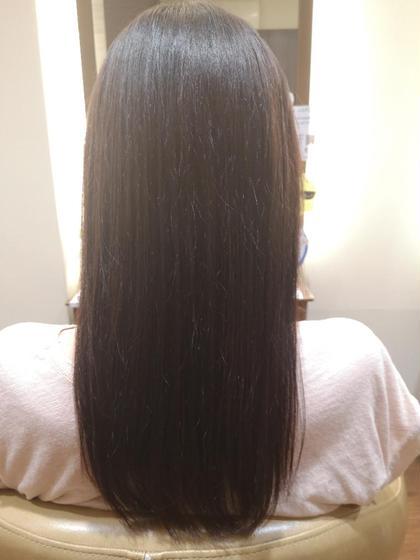 髪質改善しながら行う、縮毛矯正💖  今までと違ってダメージを気にせず、ストレートに真っ直ぐになりすぎずにストレートになるので、毛先も自然な髪に💕  毛先までしっかりと潤いのある髪へ😊