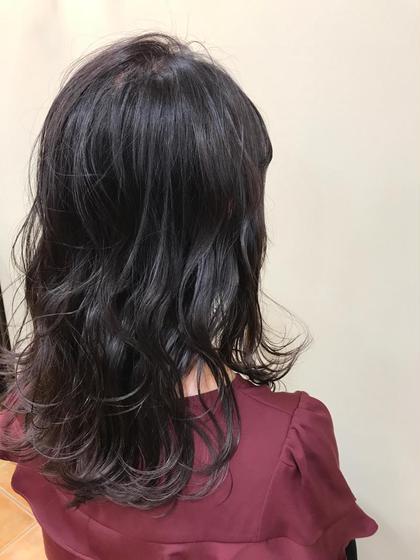 カラー セミロング 秋カラーはピンクアッシュグレージュ! 透明感+ツヤ感+柔らかさでモテ髪になりましょう! 写真は絶妙なグラデーションです!