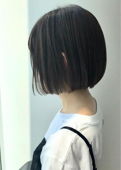 骨格に沿ってカットする事で、どこから見てもかわいいフォルムのショートボブ☆ amble新宿所属・amble新宿のスタイル