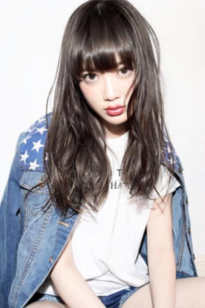 クォーターブリーチ+ホワイトナチュラル The Caucasians所属・【 kaji 】外国人風カラーのスタイル