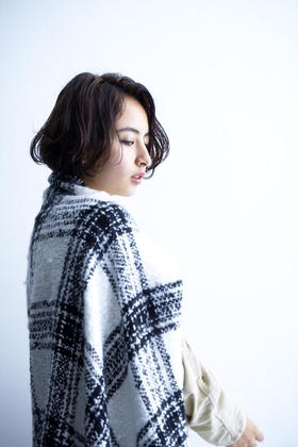 ラフな質感のグラデーションボブ☆ Trois epis所属・鈴川拓郎のスタイル