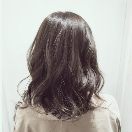 有村涼のセミロングのヘアスタイル