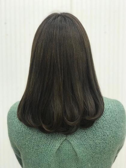 毛先を表面だけワンカールで巻いてみました! カラーは7トーンのマッド系です! VienneseQUATRO所属・黒柳伊代のスタイル
