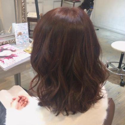 春らしくツヤのあるフェミニティピンクカラー hair make jouer所属・クサノハルカのスタイル
