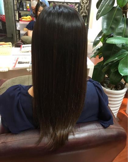プラチナアッシュ hair  & spa an contour所属・足立依世のスタイル