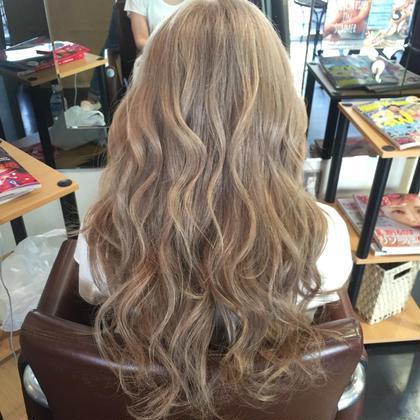 ミルクティーベージュ♥️ Hair kitchen所属・ishidatatsuhiroのスタイル