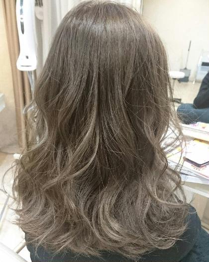 ✨まさに外国人のような髪色に✨ Wカラー&うる艶トリートメント