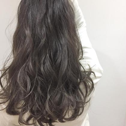 カラー 僕しか出来ないthinhighlightで最高の艶髪に 詳しくはインスタをご来店ください❤︎
