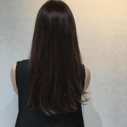 艶のスモーキーアッシュ♡ Roops所属・ヤマグチヒトミのスタイル