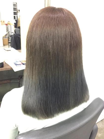 オリーブアッシュでライグリーンを演出。秋に向けても落ち着いた色合いでオススメ hairsalonbelle所属・kosekikeitaのスタイル