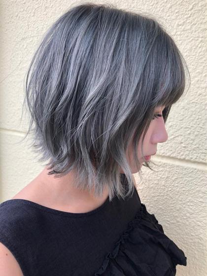 太陽の光に当たると透明感の出るお色になります😊💓 福田玲奈のショートのヘアスタイル