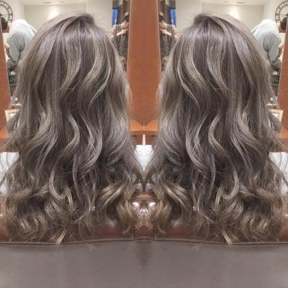 イルミナカラー 岩本直樹のミディアムのヘアスタイル