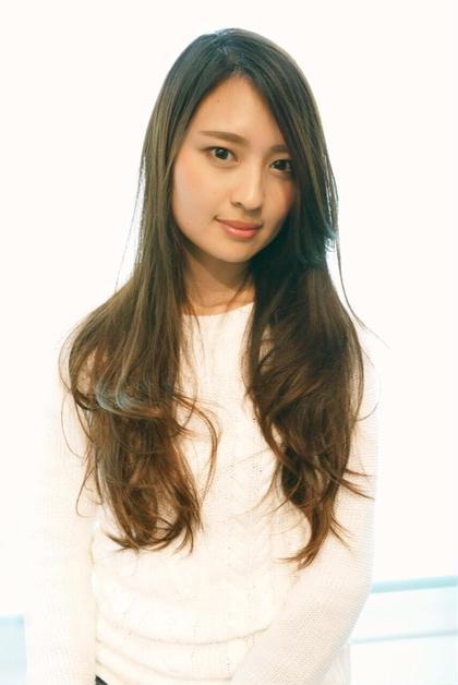 甘めなレイヤーで女性らしさとすこし大人らしさをプラス!  HairSalonFELIS所属・高木勇太のスタイル