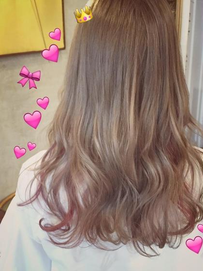 アッシュベージュ⭐️  ※ブリーチ必須  ポイントでピンクと紫をミックスで(^ ^) attic所属・荻野稚菜のスタイル