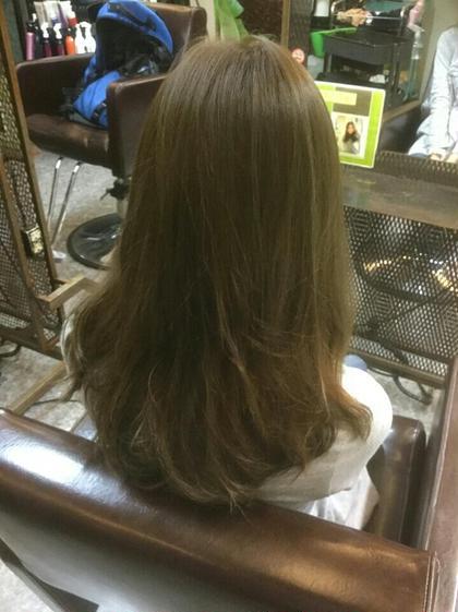 赤みの嫌いな方にはマットカラーで軽やかに elde9's Hair STAND所属・鈴木たすくのスタイル