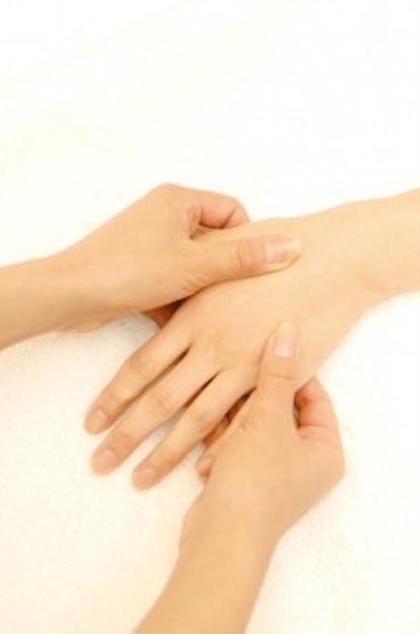 末端を刺激して体を活性化。冷え症改善にも♪【三点(頭手足)セラピー30分】