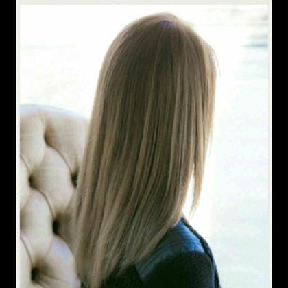 外国人風アッシュカラー☆ 湯本天馬のロングのヘアスタイル