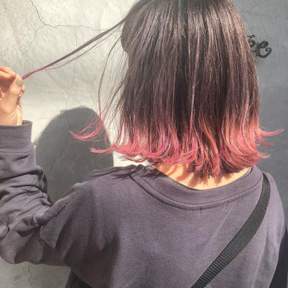 グレージュからのピンクのグラデーション✨ 色持ちも良いカラーをします! ヘアーミュゼ井田店所属・三浦紗希のスタイル