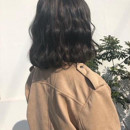 ハイライトカラー◎ bisou  hair所属・屋比久真里奈のスタイル