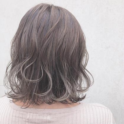 milky silver beige*̣̩⋆̩* in highlight marjuGINZA【マージュ 銀座】所属・野村さなみのスタイル