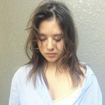 カラー 細かいハイライトをベースにミントグレージュをON 💫✨💫✨💫✨ #soco #socodaikanyama#hairstyle #haircut #haircolor#ashcolor #make #photo#hair#ヘアカット#ヘアカラー #ヘアアレンジ #美容師#美容室 #代官山美容室