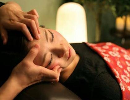 小顔・エラ・頭痛・顎関節に速攻効果!小顔矯正+ヘッドマッサージ