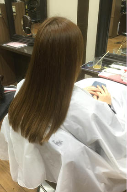 自然なストレート(^ ^) 梅雨時期にぜひ(*^^*) 美容室ラガッツァ所属・東條克義のスタイル