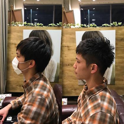 メンズ 直毛で、両サイドが広がりやすい髪質でしたので 短めにカットし、広がりにくいようにしてみました!(^ν^)