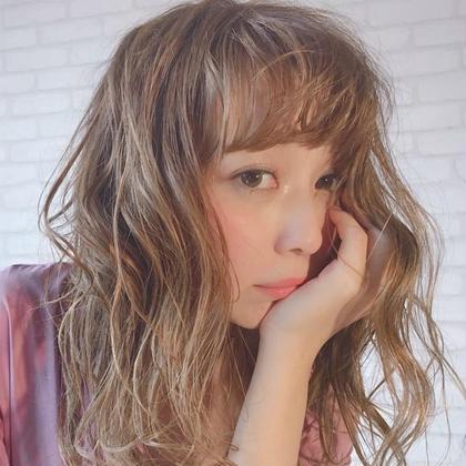 vikka. hair and make所属の入間川 裕