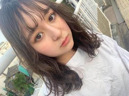髪の修復専門サロン hair place VIVE所属の小畑伊織
