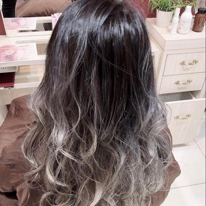 HAIR&MAKEEARTH松山銀店街店所属の坂元瑠茄