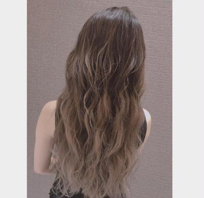 Hair&Make EARTH甲府昭和所属の杉山朱莉