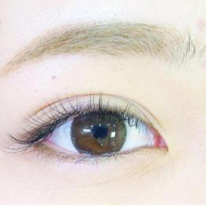 Be All west Eyelash and Nail所属のBeAll west(アイリスト)