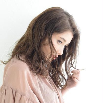 HAIR&MAKE EARTH宮崎昭栄店所属のカイセイナ