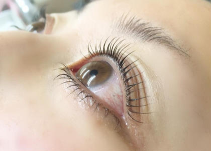 eyelash salon elua所属のアイラッシュサロンエルア