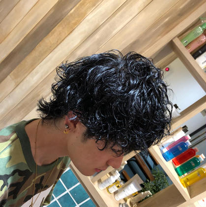 Hair&makeearth志木店所属の佐藤氷河