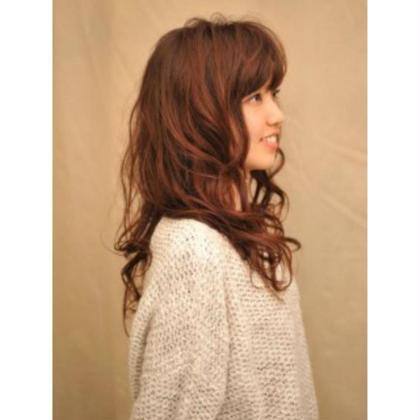 hair studio 102所属の山崎 理紗