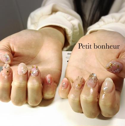 nail salon Petit bonheur所属の清水真菜美