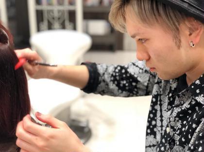 Hair&MakeEARTH長久手店所属の豊住光輝