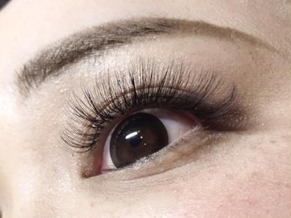 eyelash*nail ungu所属の直江 真由美(アイリスト)