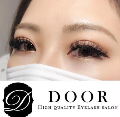 eyelash salon DOOR所属の金子紗也加