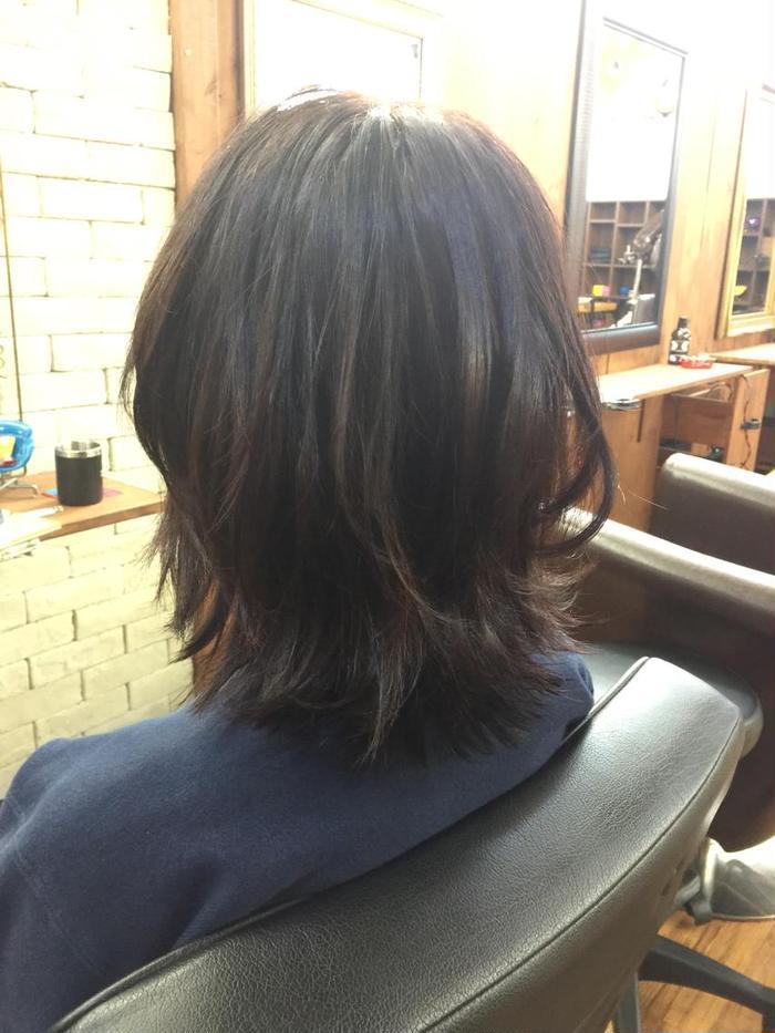 黒染めした髪を出来うる限り透明感が出るようにラベンダーアッシュで ...