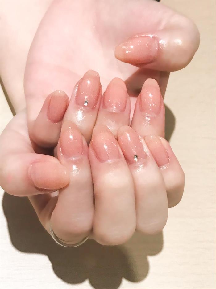ネイル お客様ネイル✨  就職活動が始まるということで ちゅるちゅるワンカラー💕 自爪が綺麗に見える清楚なデザインです☺️💓  ワンカラー ¥2,500〜  #ネイル #ジェルネイル #春ネイル #ワンカラー  #就活ネイル #NyancoNail #鎌ヶ谷