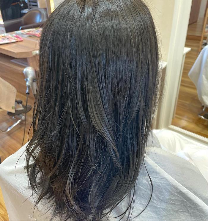 カラー ロング 赤みのないセピアブラウン! 髪色を少し落ち着けたい人にオススメ(^^)