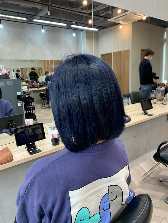 カラー ミディアム wカラー、ブルーブラック‼︎  色味が前に出やすいダブルカラー。 発色の良い仕上がり、色を楽しみたい方にオススメ‼︎