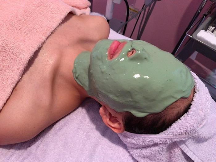 その他 マスク荒れ✨肌荒れ✨ニキビ✨を助けてくれる❣️ 肌の調子が優れない時にオススメのパック🙋♀️