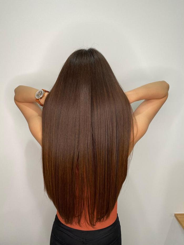 ロング 髪質改善トリートメントです🕊 ダメージで硬くなった髪の毛をやわらかくサラサラにしましょう!
