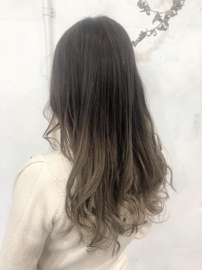 カラー 毛 先 パーマとカラー順番はどっちが先?期間と間隔の理想はどれくらい?