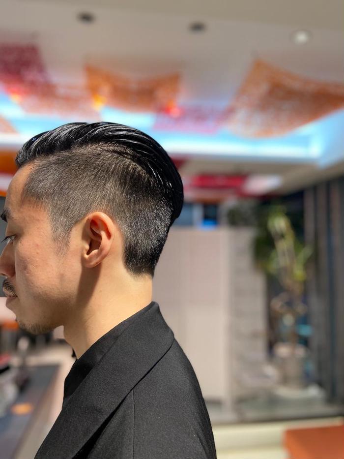 バック フェード オール 【スキンフェードカットとは?】最も男前の最新髪型に挑戦しよう!